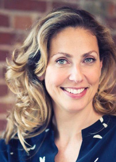 Gwendolyn van West is gastvrouw van de Coonen Kliniek en verantwoordelijk voor het reilen en zeilen